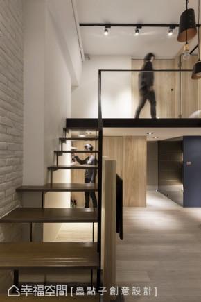 小户型 复式 北欧 欧式 二居 楼梯图片来自幸福空间在浪漫满屋:40平的北欧暖馨宅的分享