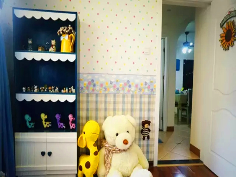 地中海 混搭 三居 白领 小资 客厅 儿童房图片来自沙漠雪雨在120平米地中海混搭浪漫婚房的分享