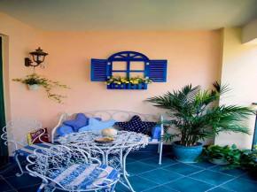 地中海 混搭 三居 白领 小资 客厅 阳台图片来自沙漠雪雨在120平米地中海混搭浪漫婚房的分享