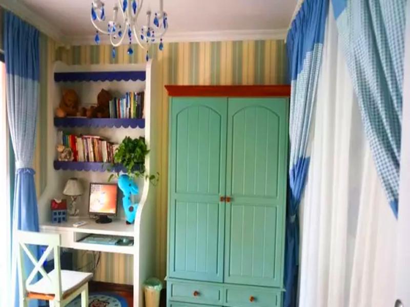 地中海 混搭 三居 白领 小资 客厅 书房图片来自沙漠雪雨在120平米地中海混搭浪漫婚房的分享