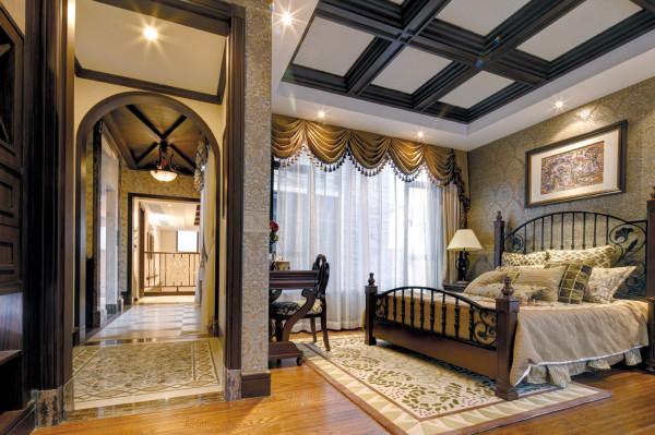 卧室的设计,未设置顶灯,用色上相对统一,灯光采用环形等待打造一种温馨柔软