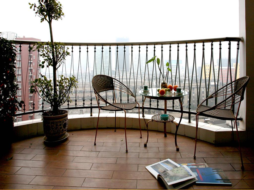 东南亚风格 三居 阳台图片来自成都创新思维装饰工程有限公司在南城都汇东南亚风格的分享