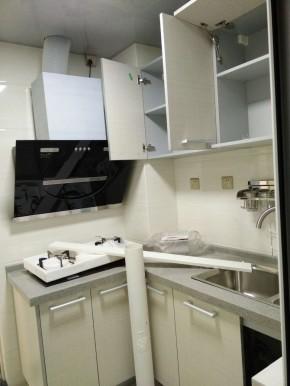 现代 简约 三居 收纳 温馨 卫生间图片来自成都丰立装饰工程公司在金花城--现代风的分享
