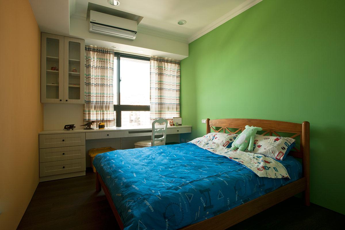 美式 田园 80后 卧室图片来自成都丰立装饰工程公司在淡绿的美式清新的分享