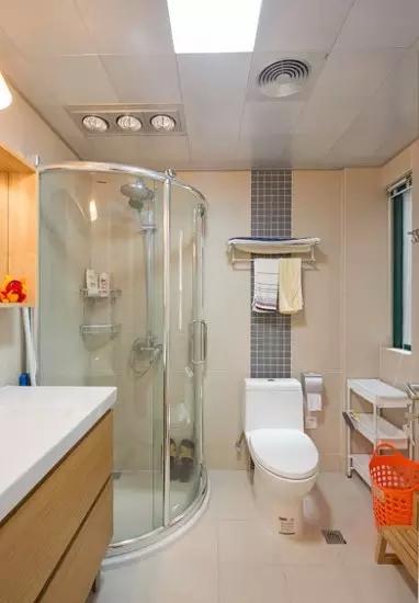 简约 二居 卫生间图片来自实创装饰上海公司在90㎡简约两居,简直美过样板间!的分享