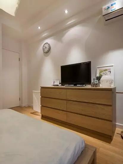 简约 二居 卧室图片来自实创装饰上海公司在90㎡简约两居,简直美过样板间!的分享