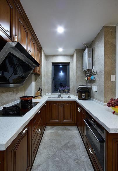 厨房图片来自家装大管家在情迷地中海 98平休闲时尚家的分享