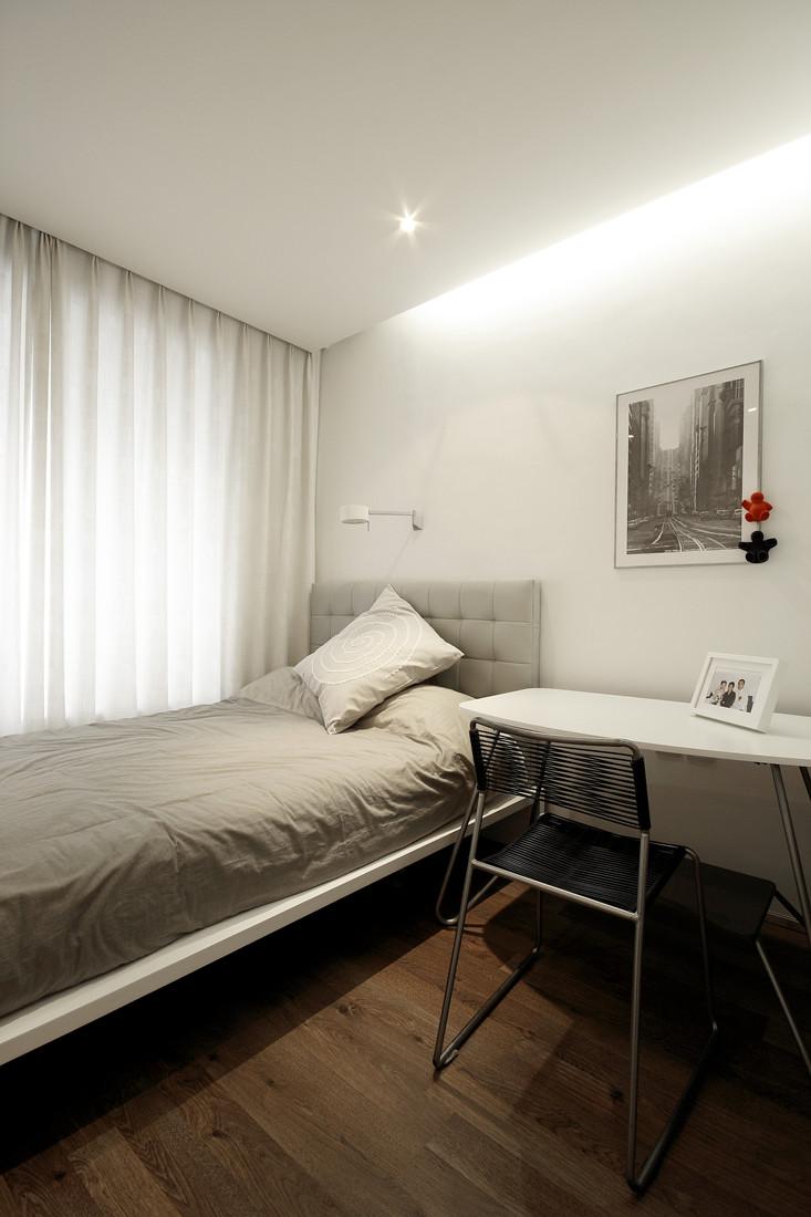 简约 三居 小资 卧室图片来自创新思维装饰官方博客在南湖国际的分享