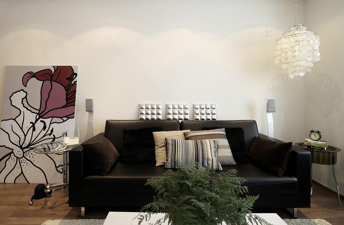 简约 三居 小资 客厅图片来自创新思维装饰官方博客在南湖国际的分享