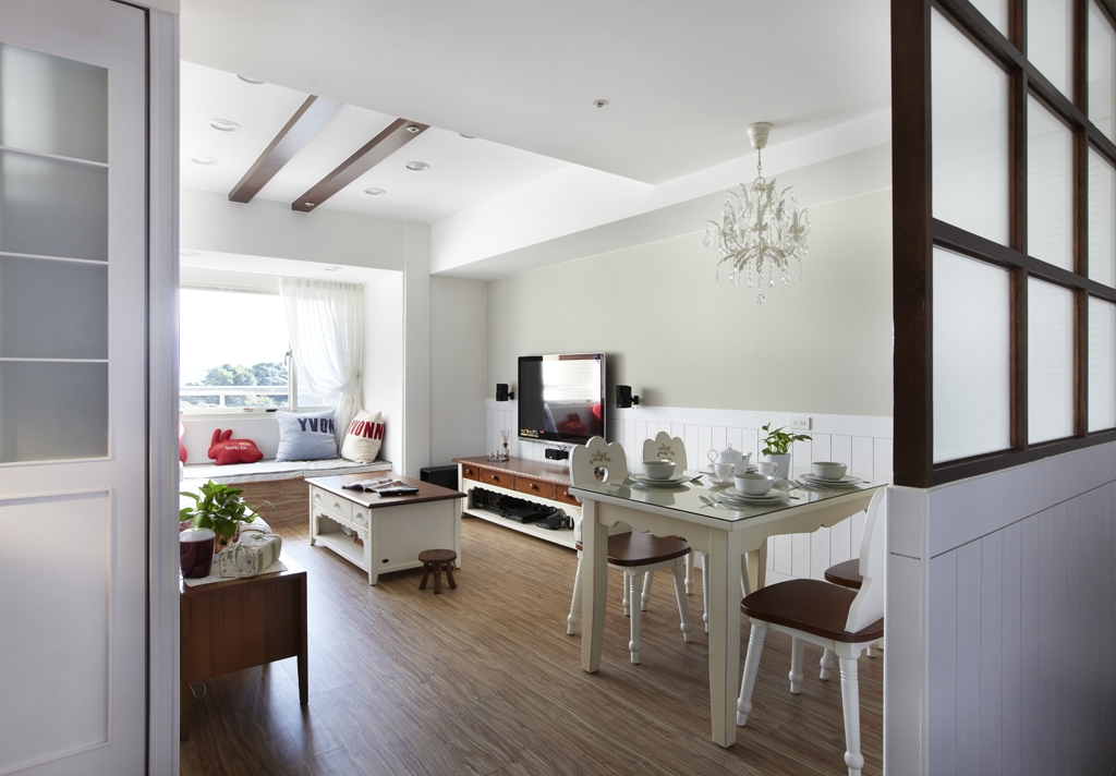 三居 田园 客厅图片来自成都丰立装饰工程公司在光线进来啦的分享