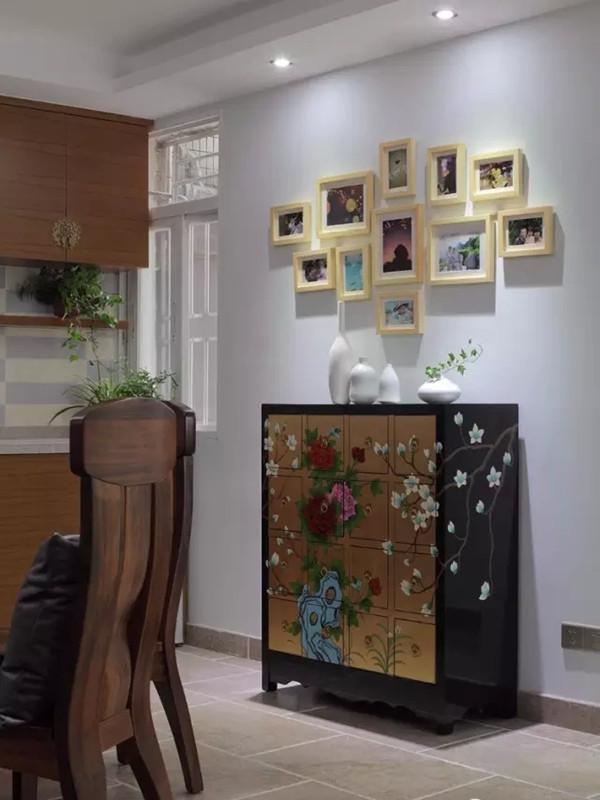 同样的柜子应用于餐厅边柜。