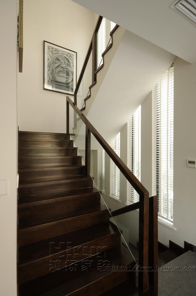 楼梯图片来自鸿扬家装武汉分公司在F天下之北欧之光的分享