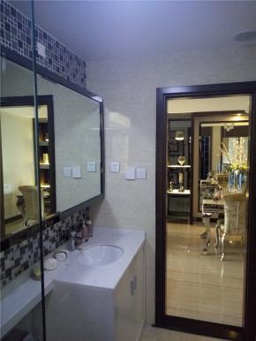 简约 混搭 三居 港式 白领 80后 卫生间图片来自成都V2装饰在浪漫港式简约家的分享