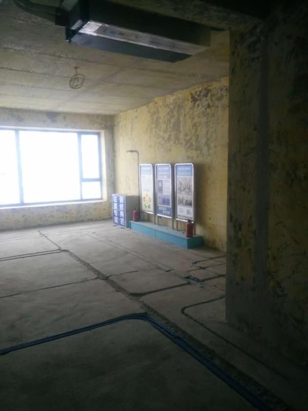 客厅电路改造施工图片