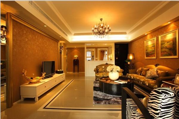 用大理石、华丽多彩的织物、精美的地毯、多姿曲线的平安家具,让室内显示出豪华、富丽的特点,充满强烈的动感效果。一方面保留了材质、色彩的大致风格,让人感受到传统的历史痕迹与浑厚的文化底蕴。