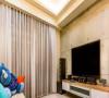 电视背景是壁纸做出的清水混凝土效果。