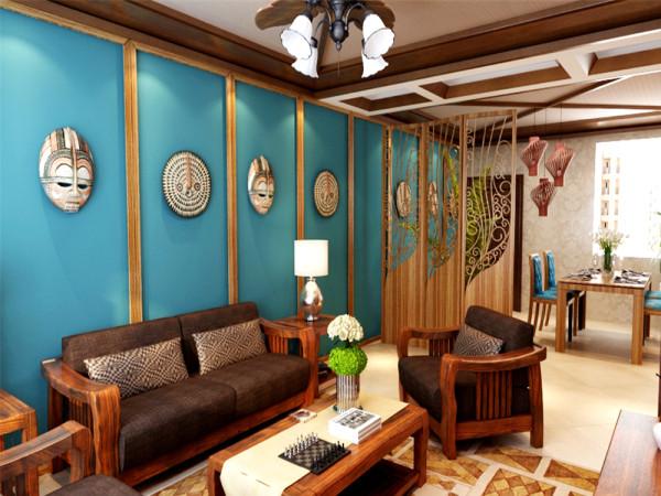 客户背景墙以木线编排内饰亚麻布作为客厅突显文化气息与原始自然感觉的亮面,沙发后面孔雀绿颜色素色壁纸,搭配几个主人在国外带回的工艺品,更突显出主人家的喜好。
