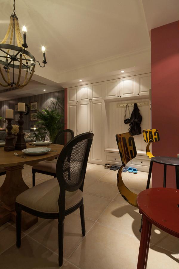 白领 三居 餐厅图片来自一号家居网成都站在134平复古美式混搭范儿案例赏析的分享