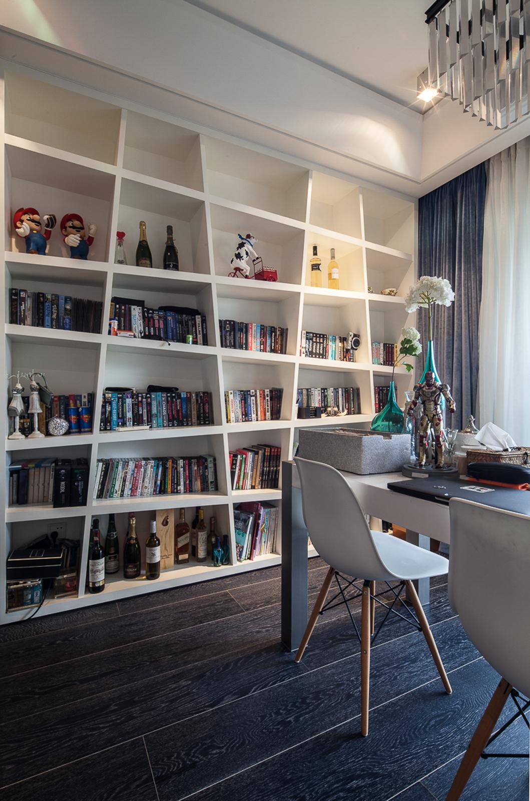 简约 别墅 黑白灰 宜居 书房图片来自一号家居网成都站在翠湖天地的分享