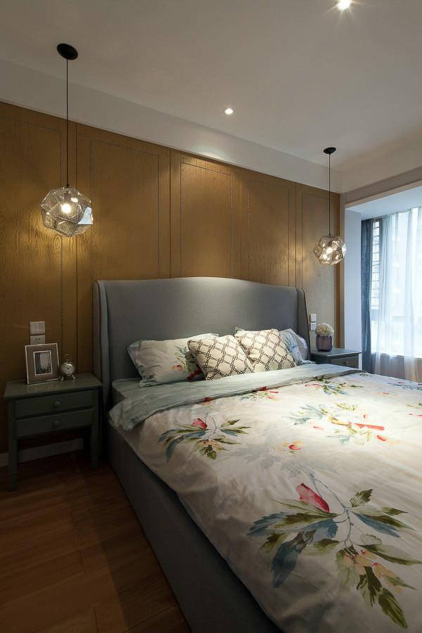 白领 三居 卧室图片来自一号家居网成都站在134平复古美式混搭范儿案例赏析的分享