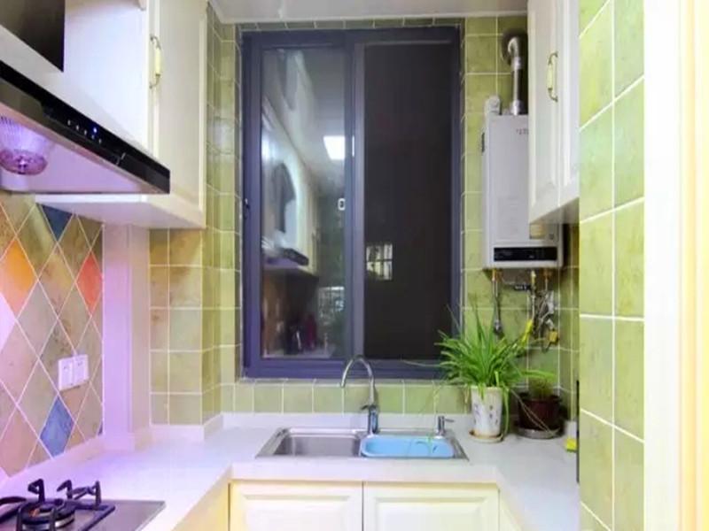 美式 三居 白领 收纳 小资 客厅 餐厅 厨房图片来自沙漠雪雨在120平米经典美式休闲舒适三居的分享