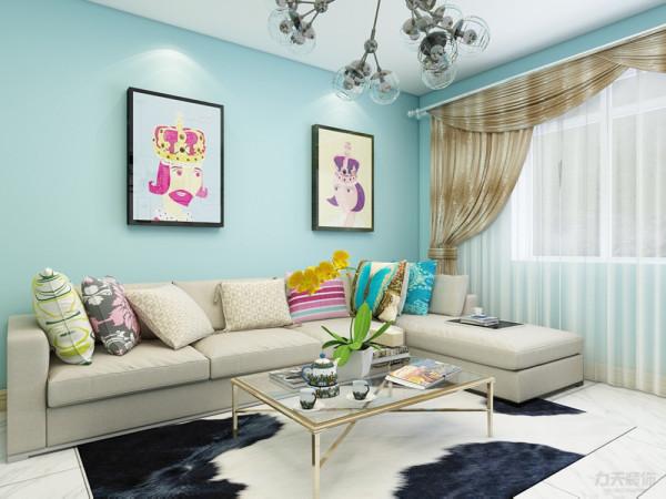 适合于三口之家居住,以现代混搭风格为主调。整体的设计风格体现共本能性和理性的原则。现代风格不仅注重居室的实用性,。