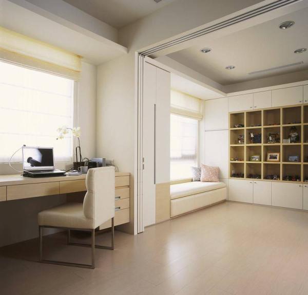 多功能休闲室具有夫妻共用书房、女主人独处休闲室及客房的多重机能。