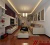 客厅具有内蕴的风格,为了舒服,中式的环境中也常常用到沙发,但颜色仍然体现着中式的古朴。
