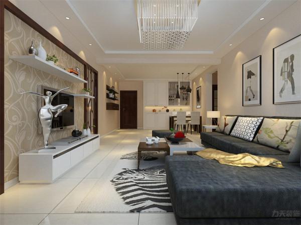 客厅在家具配置上,深灰色的沙发,与花色抱枕的搭配,使家具倍感时尚,具有舒适与美观并存的享受。整个空间贴暖黄色的素纹理壁纸。