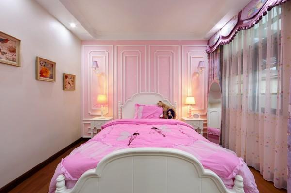 女生都有怀揣公主梦 浪漫可爱的粉紫色的公主风,圆了女儿的公主梦