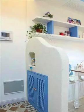 地中海 三居 白领 收纳 小资 客厅 玄关图片来自沙漠雪雨在90平米蓝白地中海婚房浪漫情调的分享