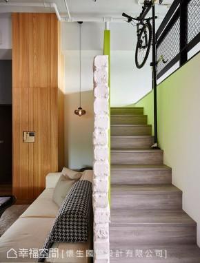 二居 北欧 简约 田园 小资 收纳 楼梯图片来自幸福空间在165平汲日光 清新北欧生活的分享