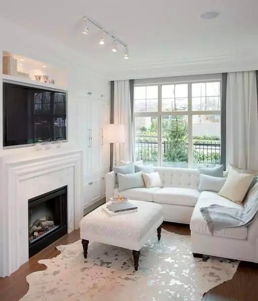简约 欧式 田园 混搭 二居 客厅图片来自高度国际装饰宋增会在小户型也可以变成大户型的分享