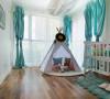 简单配色的儿童房,就如同天使的房间一样纯净,尤其那薄荷兰里,充满了希翼。