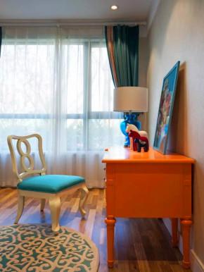 混搭 宜家 三居 收纳 白领 旧房改造 小资 客厅 书房图片来自沙漠雪雨在70平米时尚宜家女王的公寓的分享