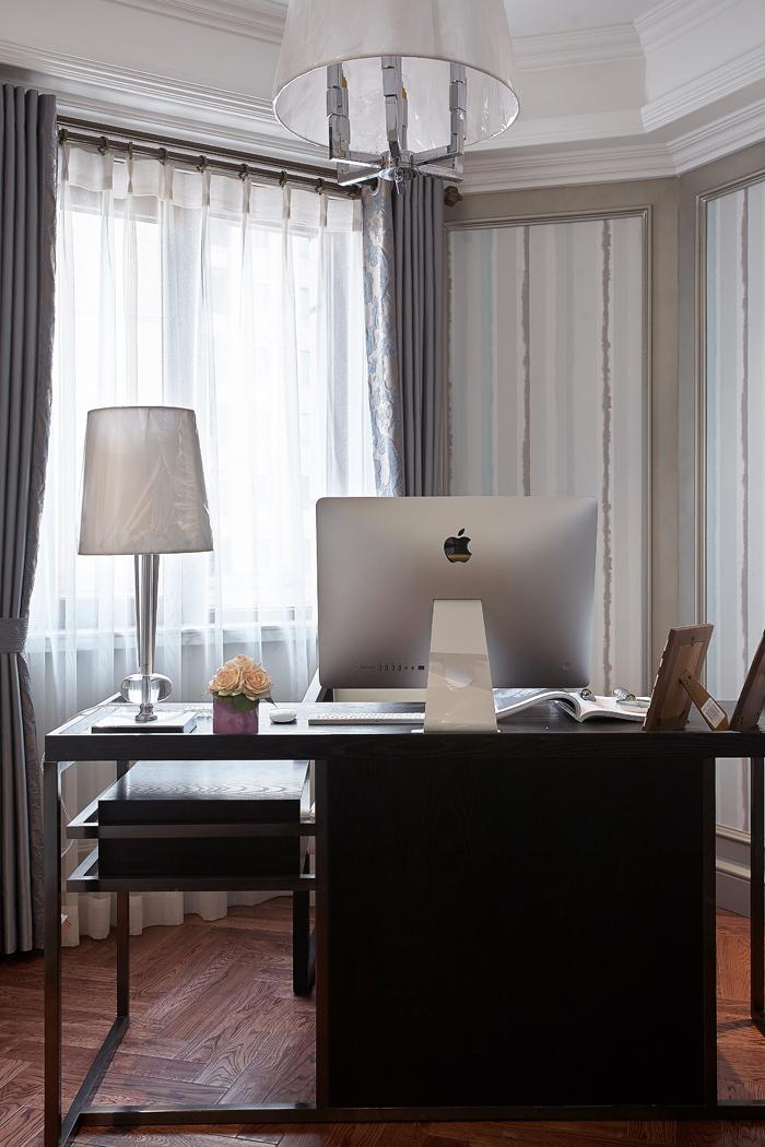 白领 简约 书房图片来自一号家居网成都站在台式—古典,不一样的味道的分享