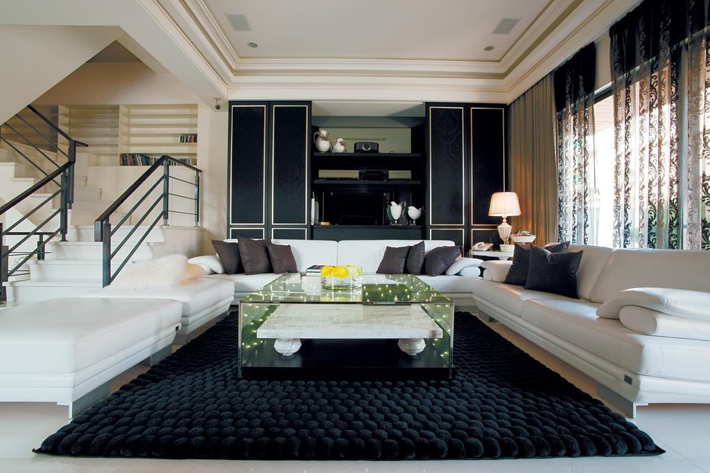 客厅图片来自二十四城装饰重庆分公司在广厦城蜜宫的分享