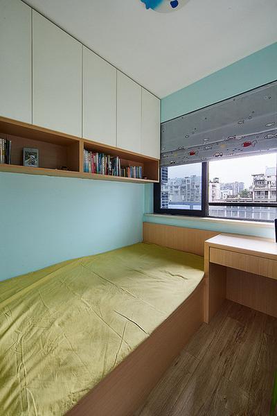 """现代 简约 收纳 卧室图片来自今朝装饰张智慧在效果全靠色彩来""""填""""的分享"""