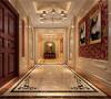 通过古典而简约的家具、细节处的线条雕刻、富有西方风情的陈设配饰品的搭配,来营造出欧式特有的磅礴、厚重、优雅与大气。