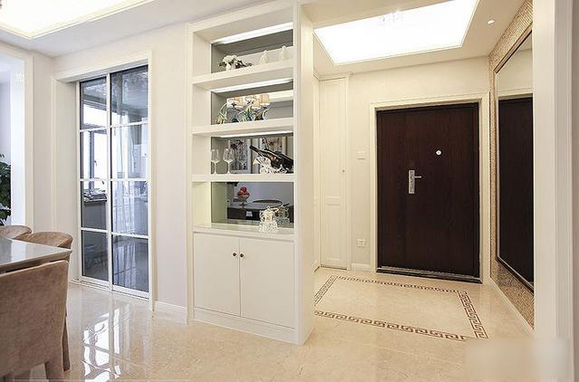 简约 三居 收纳 旧房改造 80后 124平两室 玄关图片来自上海实创-装修设计效果图在124平两室一厅 现代简约风格家的分享