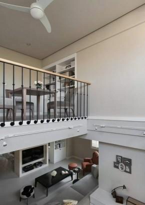 现代 简约 loft 80后 楼梯图片来自今朝装饰张智慧在空间界定空间 西三旗loft的分享