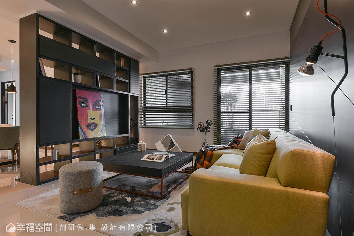 二居 现代 简约 收纳 客厅图片来自幸福空间在99平现代风格冠德鼎峰的分享