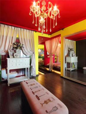 混搭 二居 白领 收纳 旧房改造 小资 客厅 其他图片来自沙漠雪雨在72平米最美冷艳女王范儿小公寓的分享
