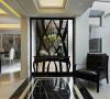 采取黑铁与水纹玻璃的合谐共构,打造极致奢华的精品时尚空间。