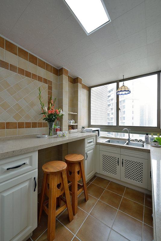 厨房图片来自玉玲珑装饰在于先生蓝调地中海的新房的分享
