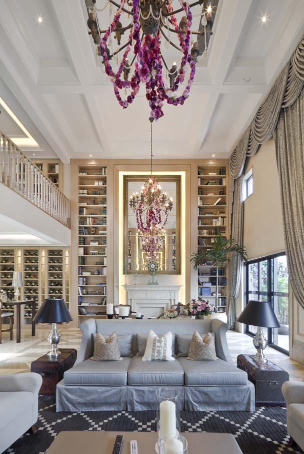 欧式风格 龙湖好望山 别墅 客厅图片来自一道伍禾装饰设计师杨洋在欧式风格之龙湖好望山的分享