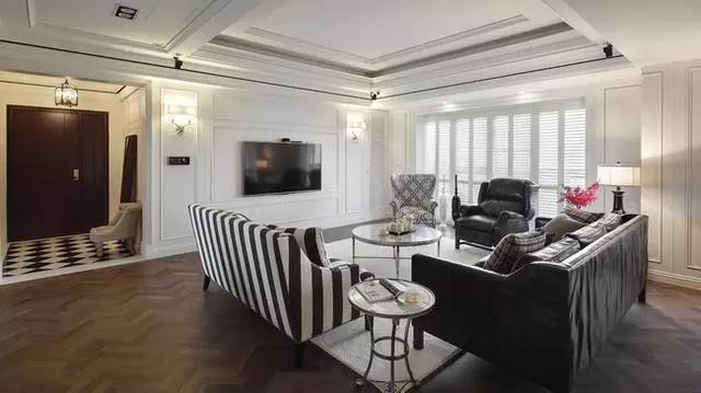 四居 美式 新古典 收纳 豪华 客厅 卧室 书房 卫生间 客厅图片来自实创装饰晶晶在155㎡美式古典,黑与白的浪漫邂逅的分享