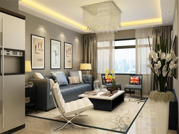 电视背景墙上并没有做太大的处理,只是在背景墙的左手边挂上了装饰,突出了简单的主题。客厅采用回子型吊顶来增加空间光感。沙发选择了蓝色皮质的沙发,给人一种看着就想坐下的舒适感。