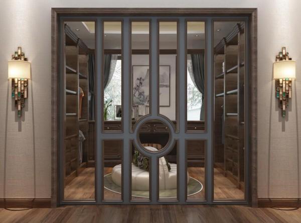 透明的玻璃门不仅充分扩大了房间的采光也延伸房间的空间感。