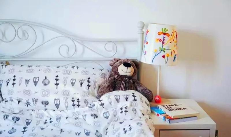 一居 清新 装修 设计 户型 卧室图片来自高度国际装饰宋增会在54㎡奇葩格局二居的分享